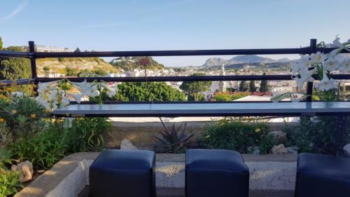 Sky-Line Cafe Bar Restaurant - view